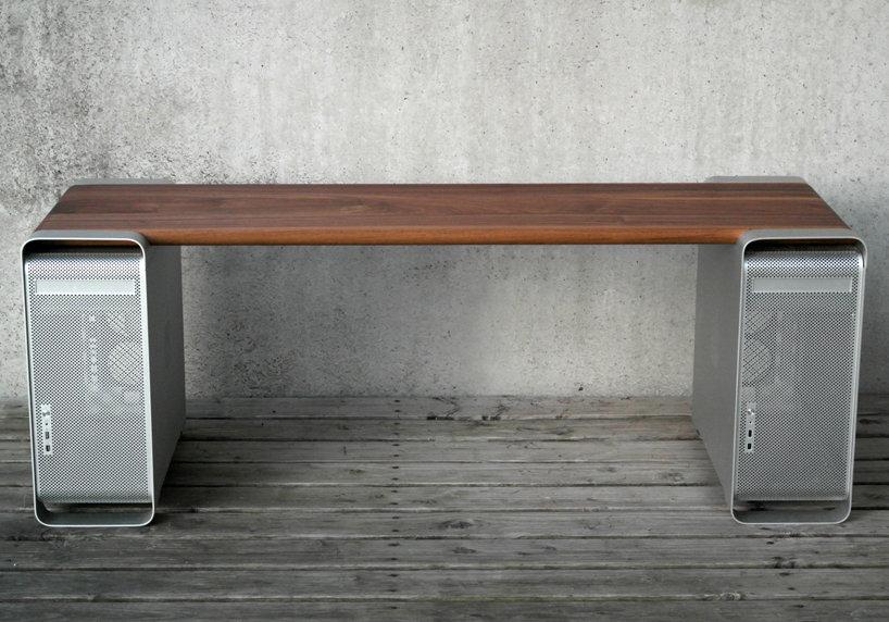 Из Apple Power Mac G5 получается отличная мебель для твоего офиса - Tchk.lv