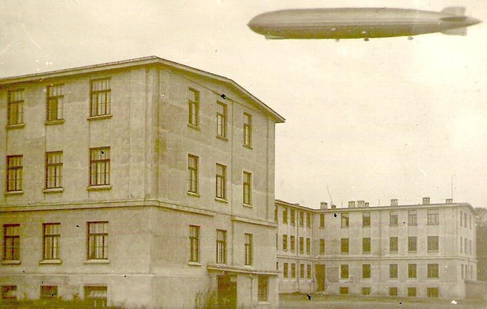 Unikāli kadri: Pats lielākais dirižablis 'Grāfs Cepelīns' virs Rīgas