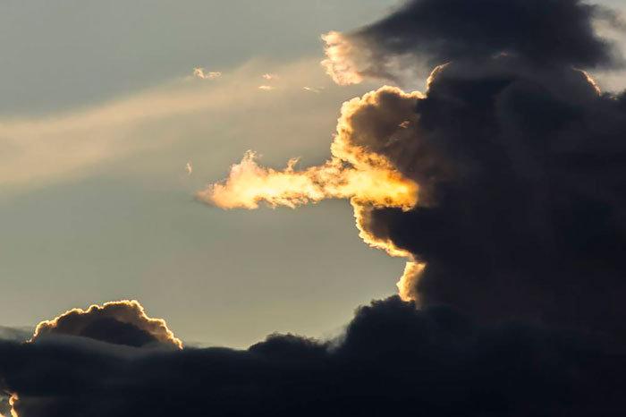 """Осторожно, НЕ """"фотошоп"""": 11 невероятных облаков, увидеть которые можно раз в жизни"""