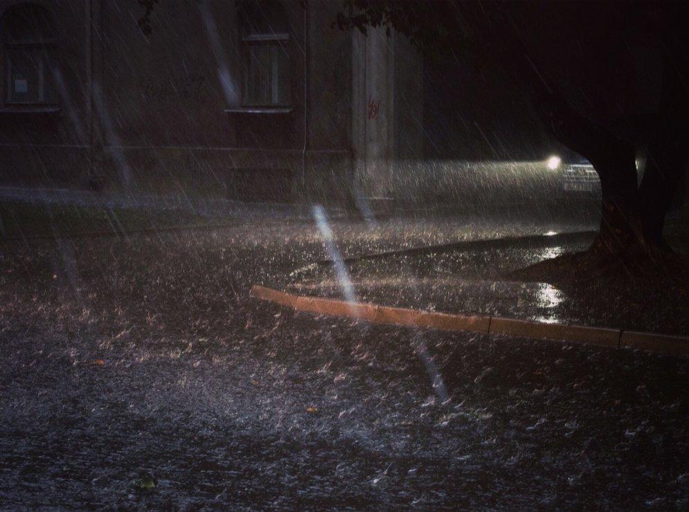 Сезон дождей в Риге: 12 фото и советов тем, кто хочет снимать непогоду на камеру