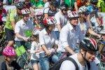 Latvijas velo svētku laikā satiksmi uz Jelgavas šosejas un Rīgas apvedceļa regulēs policisti