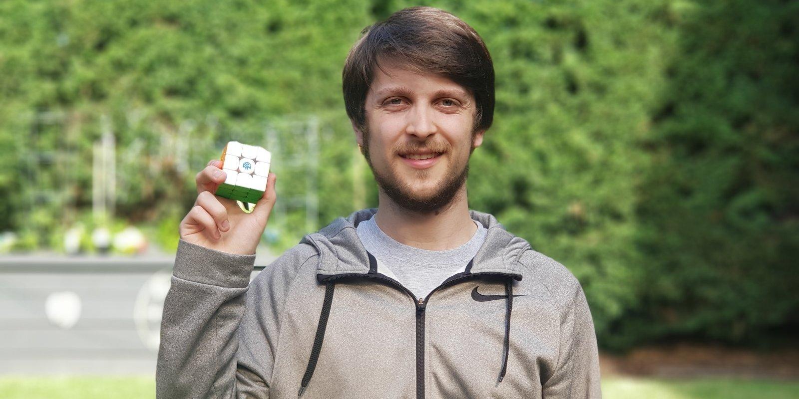 Latviešu Useins Bolts: Rubika kuba un 'Netflix' zvaigzne Fēlikss Zemdegs