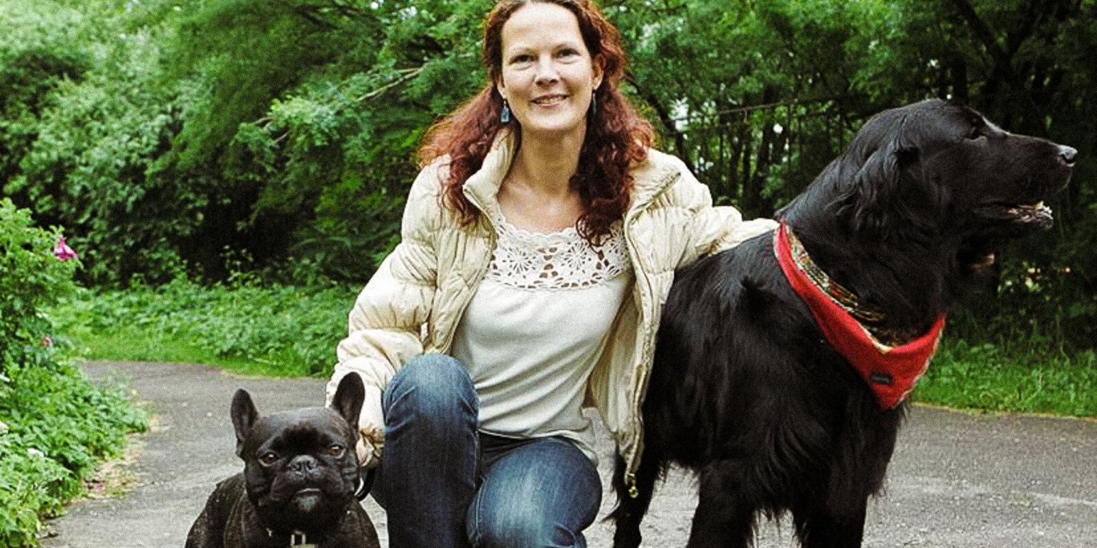 """Погуляю с собакой, присмотрю за улитками. Как живет первая латвийская """"няня"""" для животных"""