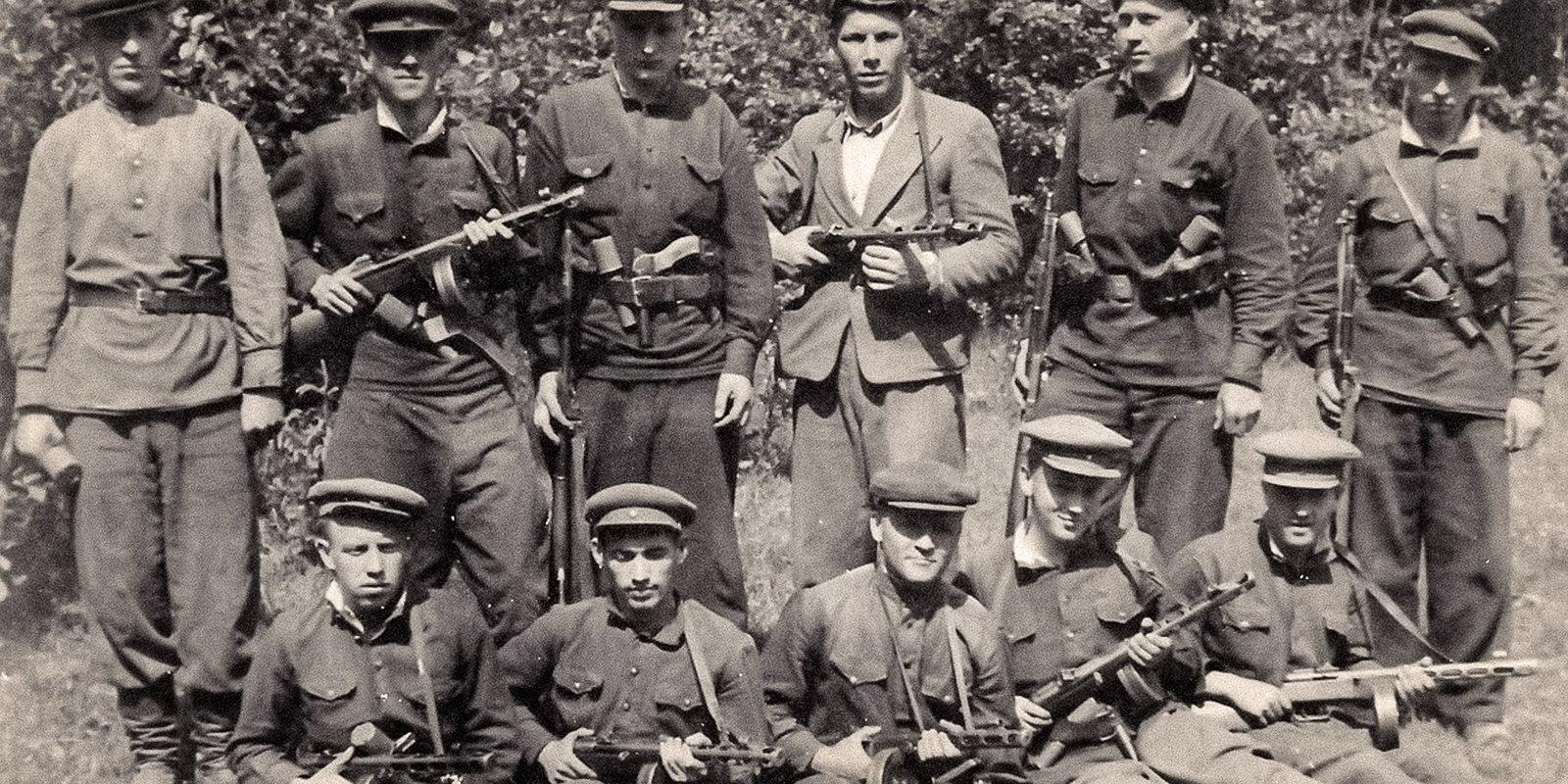 Vīri, kuri 1949. gadā dzina latviešus vagonos uz Sibīriju, – kas viņi bija?