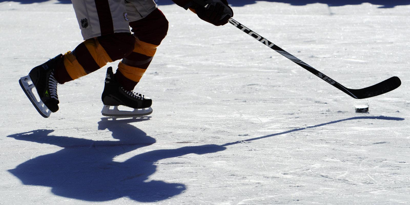 Nespēja kopīgi strādāt un aizdomas par finanšu shēmām sakašķē 'Riga Hockey Cup' rīkotājus