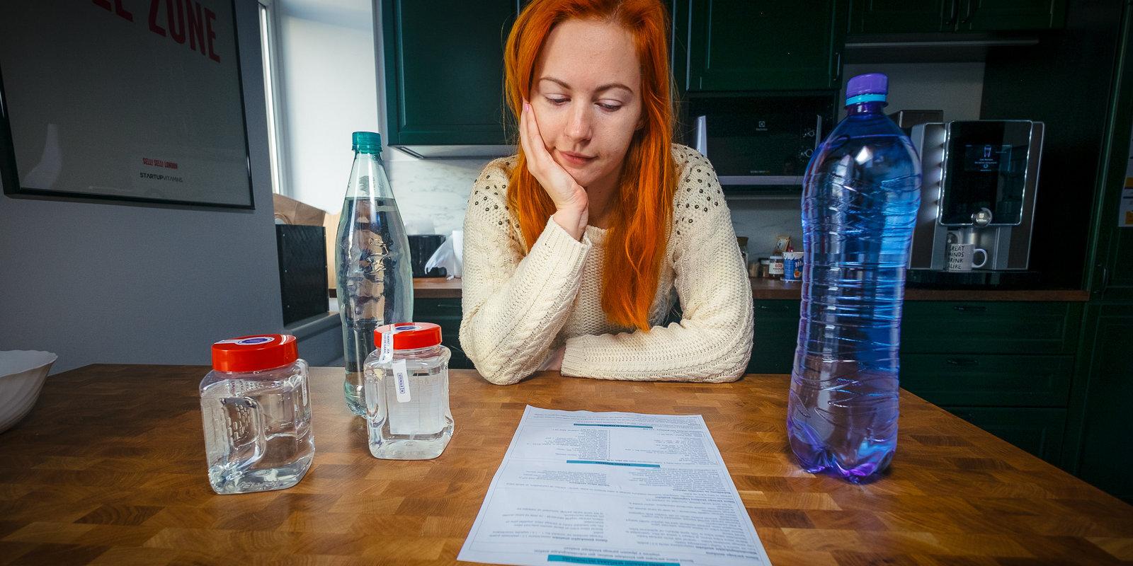 No virtuves krāna vai pudeles – kurš ūdens labāks? Testējam laboratorijā
