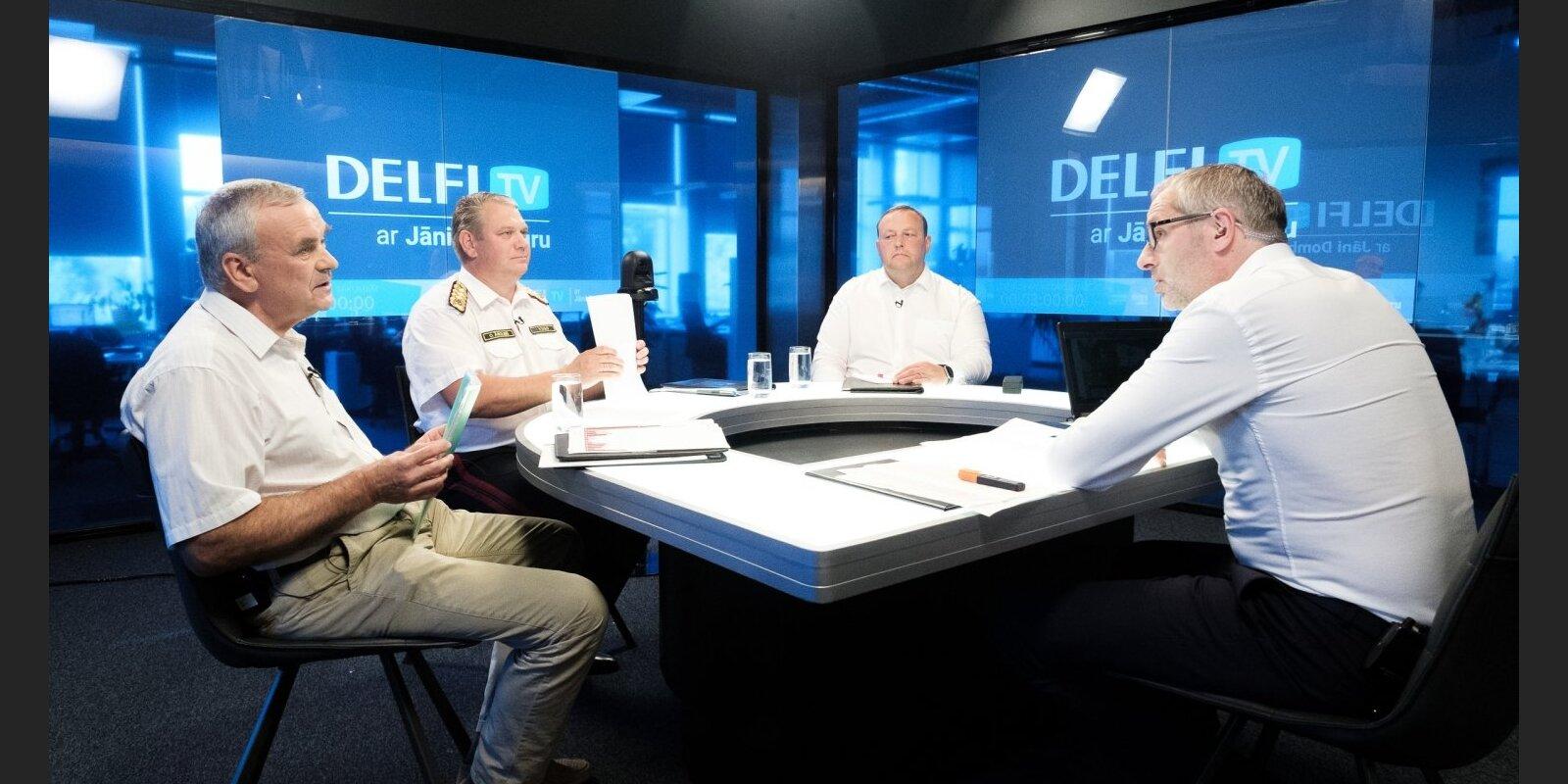 'Delfi TV ar Jāni Domburu' amatpersonas atbild par ugunsgrēku Valdgales pagastā. Sarunas teksts