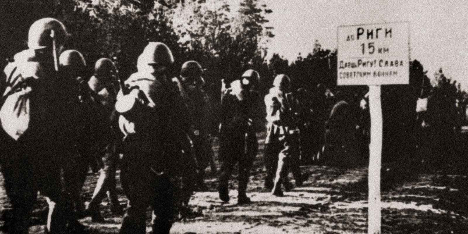 Atņēma pulksteni un piekakāja grāmatas – rīdzinieku atmiņas par padomju okupāciju 1944. gada rudenī