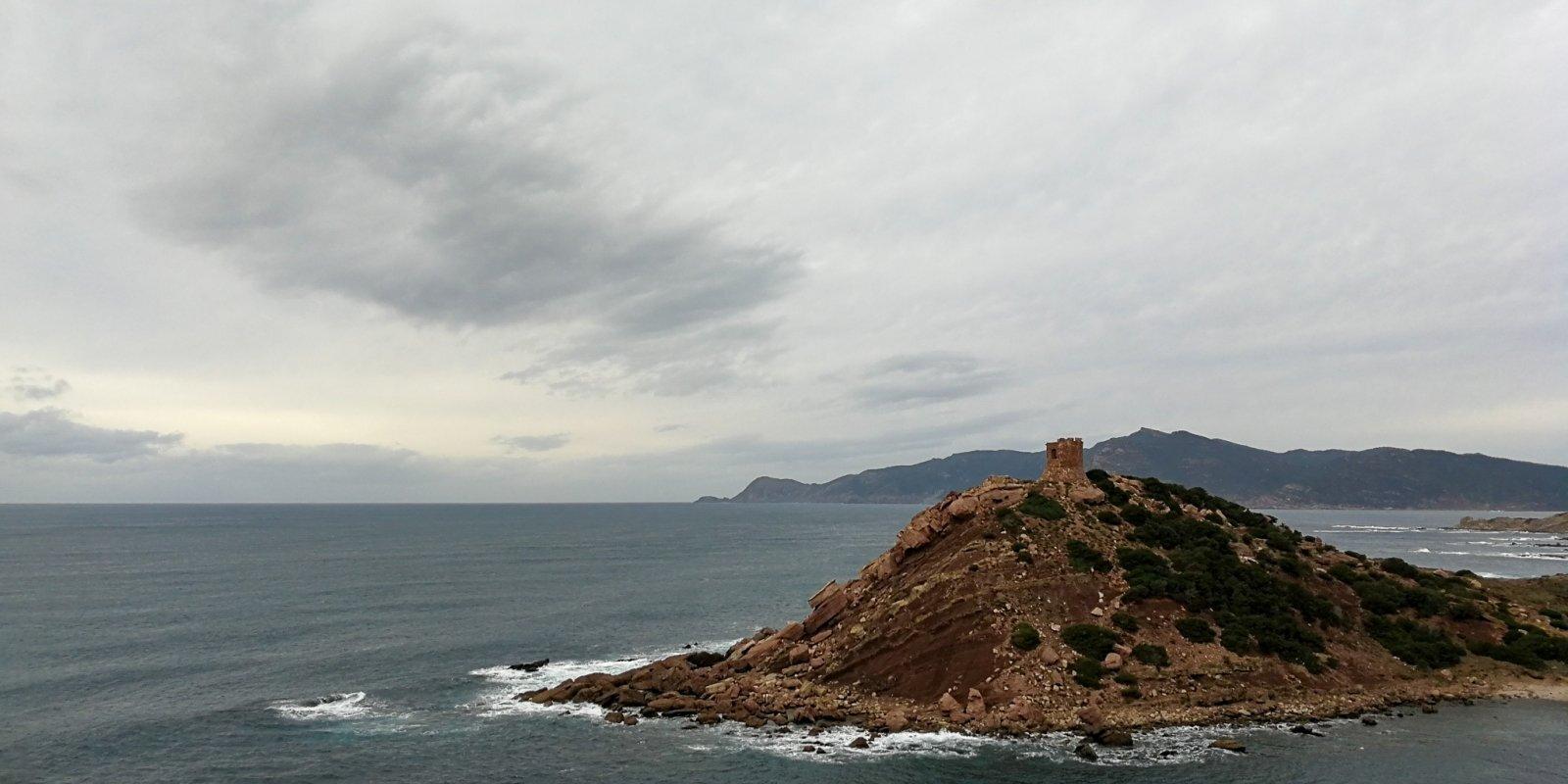 Lēnā itāļu garā Sardīnijā jeb Nesteidzīga atpūta Vidusjūras salā