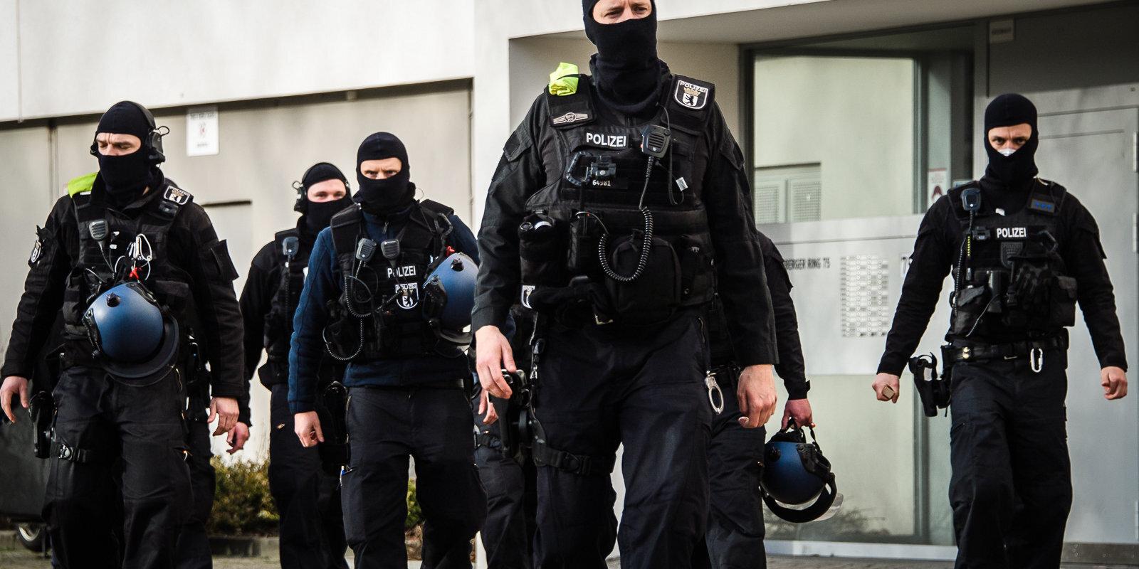 Vācijā atklāta starptautiska narkotirgoņu banda, apcietināta arī viena persona Latvijā
