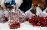 Apes un Vecpiebalgas novados atsavina šķidrumus ar alkoholam raksturīgu smaku