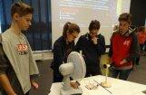 Motormuzejā skolēniem pieejamas četras jaunas nodarbes fizikas un ķīmijas tematikā