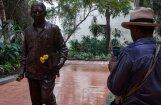Foto: Kubā atklāts rakstnieka Gabriela Garsijas Markesa piemineklis