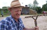 'Lauku sētas' ņiprais Riekstiņš uz mūžiem pamet Latviju
