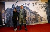 Kritiķu dēļ Indonēzijas muzejs izņem no izstādes Hitlera skulptūru