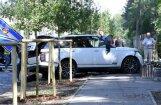 Nošauts maksātnespējas administrators Bunkus; blakus sadegušais busiņš, iespējams, saistīts ar slepkavību
