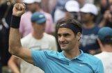 Федерер завоевал 98-й титул и третий раз в сезоне стал первой ракеткой мира