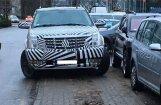 TV3 seja Simsons ar unikālo auto pārkāpj noteikumus pie 'Alfas'