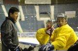 Latvijas hokeja izlase pēc uzvaras pār Itāliju trenējas vien astoņu spēlētāju sastāvā