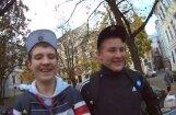 Rīgas ielu puiku skarbā dzīve: kā klājas Mišam un Daņikam?