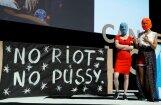 Par protesta akciju ukraiņu režisora atbalstam aizturētas 'Pussy Riot' dalībnieces