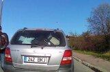 Горячий эстонский парень подрезает водителя, а потом угрожает ему битой (внимание, ненормативная лексика!)