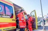 Starp VM, NMPD un arodbiedrību rasts potenciāls risinājums strīdā par mediķu brigāžu samazināšanu