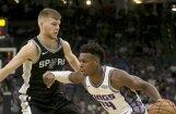Dāvis Bertāns 'Spurs' pārbaudes spēlē labākais cīnītājs par atlēkušajām bumbām