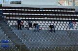 'Skonto' stadionā ķeras klāt Hanzas ielas tribīņu krēsliem