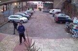 Policija atgūst Rīgā no filmu studijas nozagtās mantas