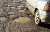 Недовольные жители пригрозили правительству заблокировать трассу из Риги в Литву
