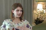 Video: Kā rit sociālā šova Lauras ikdiena