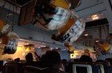 Neatbilstoša gaisa spiediena lidmašīnā dēļ Indijā cietuši 30 pasažieri
