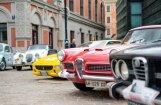 Foto: Rīgā pulcējas klasiskie itāliešu auto