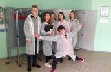 3D-протез для аиста. Рижские школьники заглянули в будущее — оно есть и в Латвии