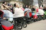 Tikai 5% no sabiedriskajām vietām Vidzemē ir bērnu ratiņiem draudzīgas