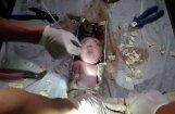 Похороненный заживо младенец выжил после восьми часов пребывания под землей
