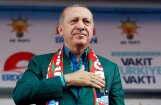 Erdogans pieļauj ārkārtas stāvokļa atcelšanu pēc vēlēšanām