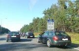 Par iebraukšanu Jūrmalā bez caurlaides vienu auto soda 200 reizes