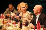 'Spēlmaņu naktij' nominētā izrāde 'Jubileja '98' viesosies Rīgā