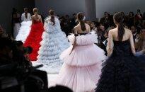 Лучшие показы Парижской недели моды весна-лето 2016: пышные юбки и платья принцесс Giambattista Valli