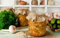 Borščs, rasoļņiks un citu zupu sagataves: 6 receptes ziemas krājumiem