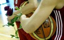 Zviedrija nepatīkami pārsteigta par Latvijas sieviešu basketbola izlases zvaigžņu nepiedalīšanos pārbaudes spēlē