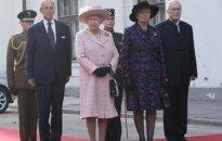 Lielbritānijas karaliene ieradusies Latvijā