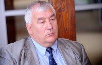 Lauksaimnieki aicinās Zatleru nolikt deputāta mandātu un atvainoties Dūklavam