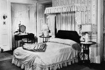 Guļamistabas iekārtojums kā filmās. Stila idejas, ko aizņemties sava buduāra izveidē