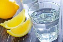 Viltības, kas palīdzēs iemānīt dienā nepieciešamo ūdens daudzumu