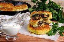 Zrazi – ar šampinjoniem pildīti kartupeļu plācenīši