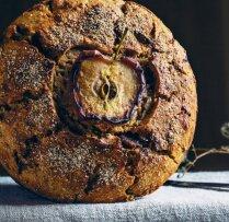 Kviešu miltu maize ar āboliem un sidru