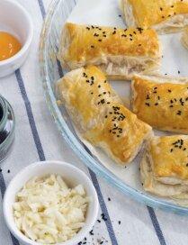 Kārtainās mīklas pīrādziņi ar siera pildījumu